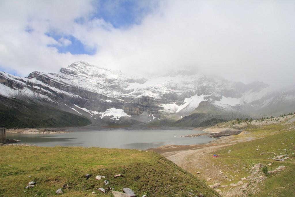 Le lac de Salanfe, de loin pas à son plein !